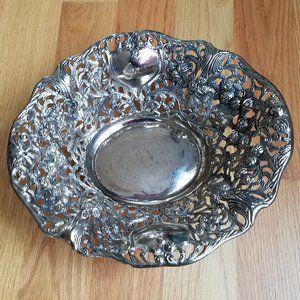 Davco Silver Ltd fruit bowl vintage